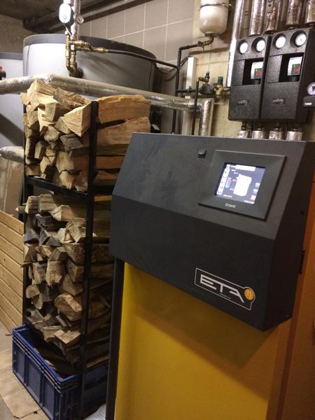 Scheitholzkessel / Holzvergaserkessel